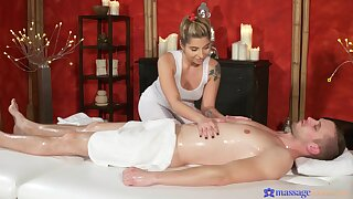 Massage leads hot blonde less please the consumer with a happy demolish